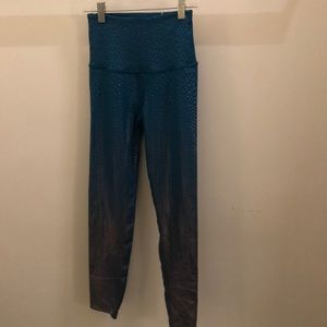 Beyond Yoga blue silver legging, sz s, 71738